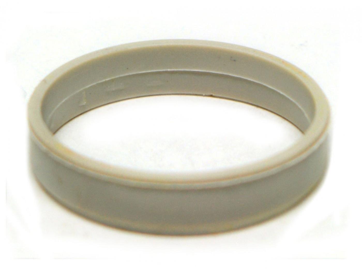 Plastový krúžok príruby STIHL MS170