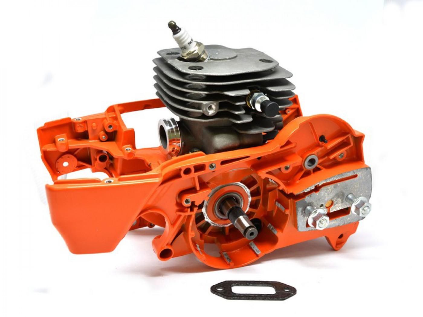 Motor Husqvarna 372 + kliková skříň + UŠETŘÍTE 700 Kč - 52 mm