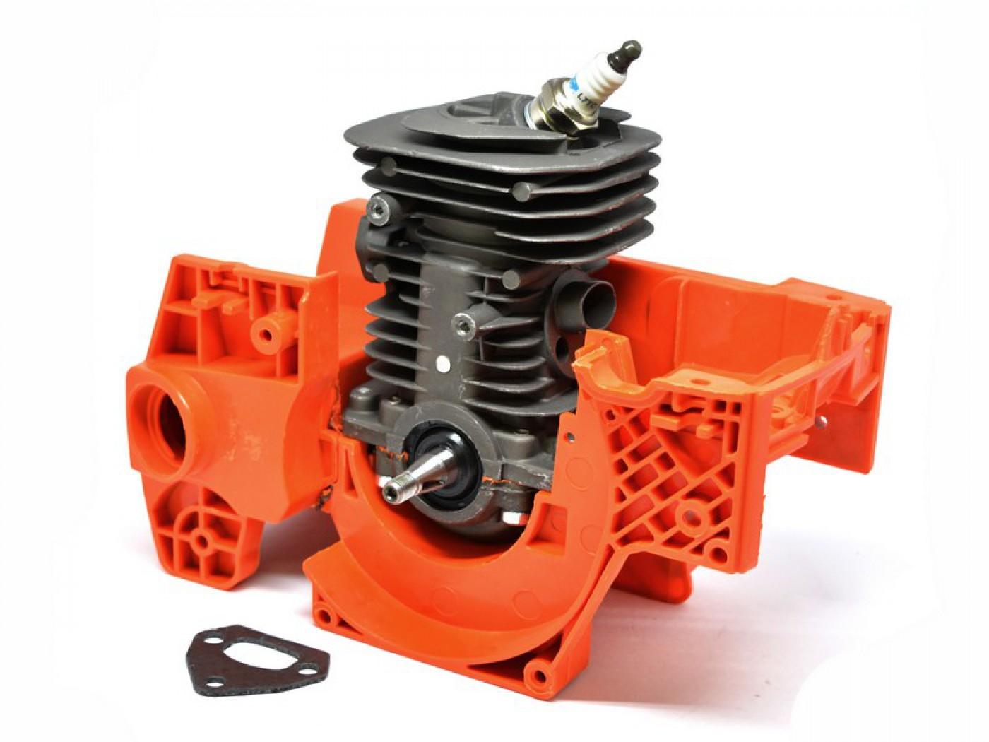 Polomotor HUSQVARNA 136 137 141 142 - Jonsered 2036 2040 25 Eur + kľuková skriňa